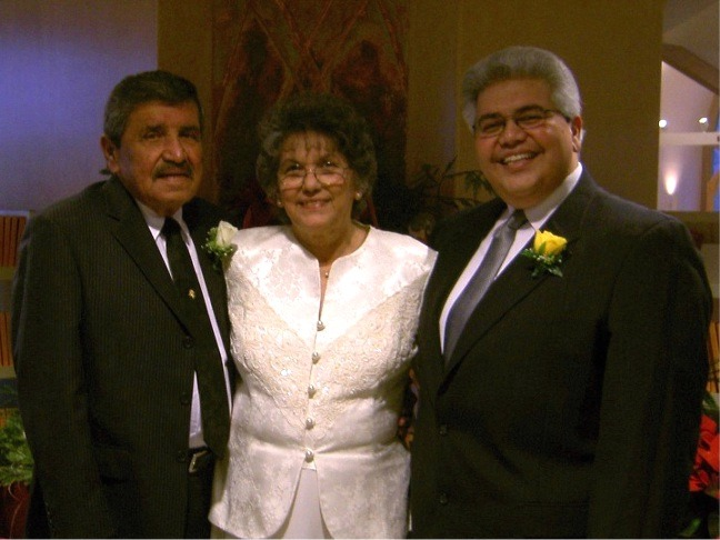 Dad, Mom & Dan ( 50th anniv)